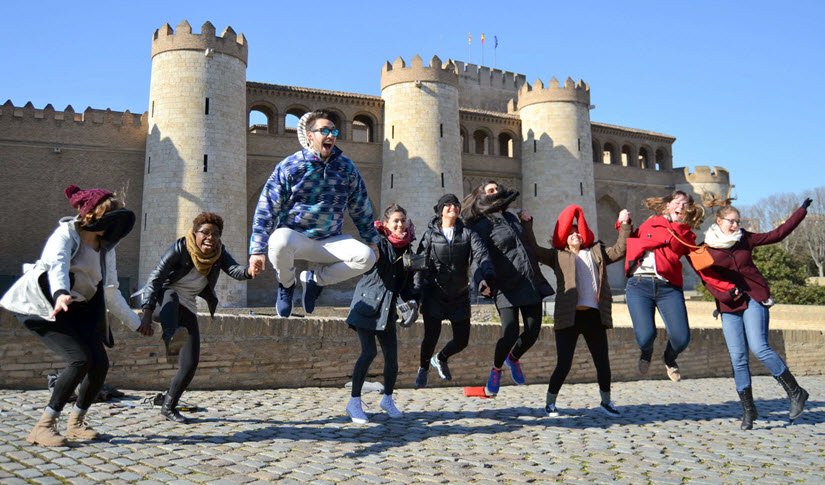 American students in Spain get organized with Teamup