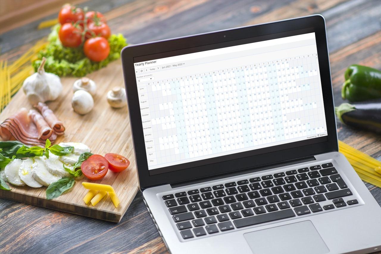create your blank calendar header